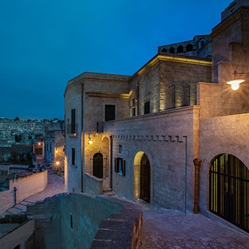 Porro - Porro's design purity for the Quarry Resort in Matera