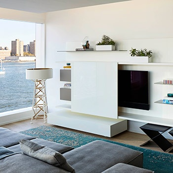 Porro - Porro design in a spectacular waterfront apartment in New York