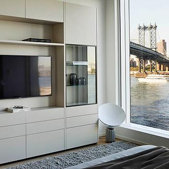 Porro, image:contract_immagini - Porro Spa - Porro's design in a spectacular waterfront apartment in New York