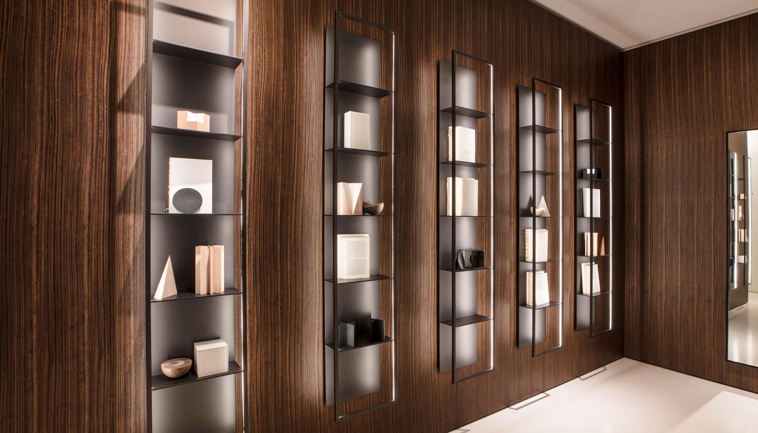 Porro - <p>Gap Bookcase - Design Carlo Tamborini</p>