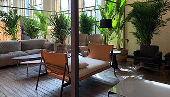 Porro - Porro for the Red Lounge of Salone del Mobile in Shanghai
