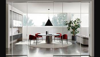 Porro - News 2021: Glide, designed by: Piero Lissoni + Iaco Design Studio