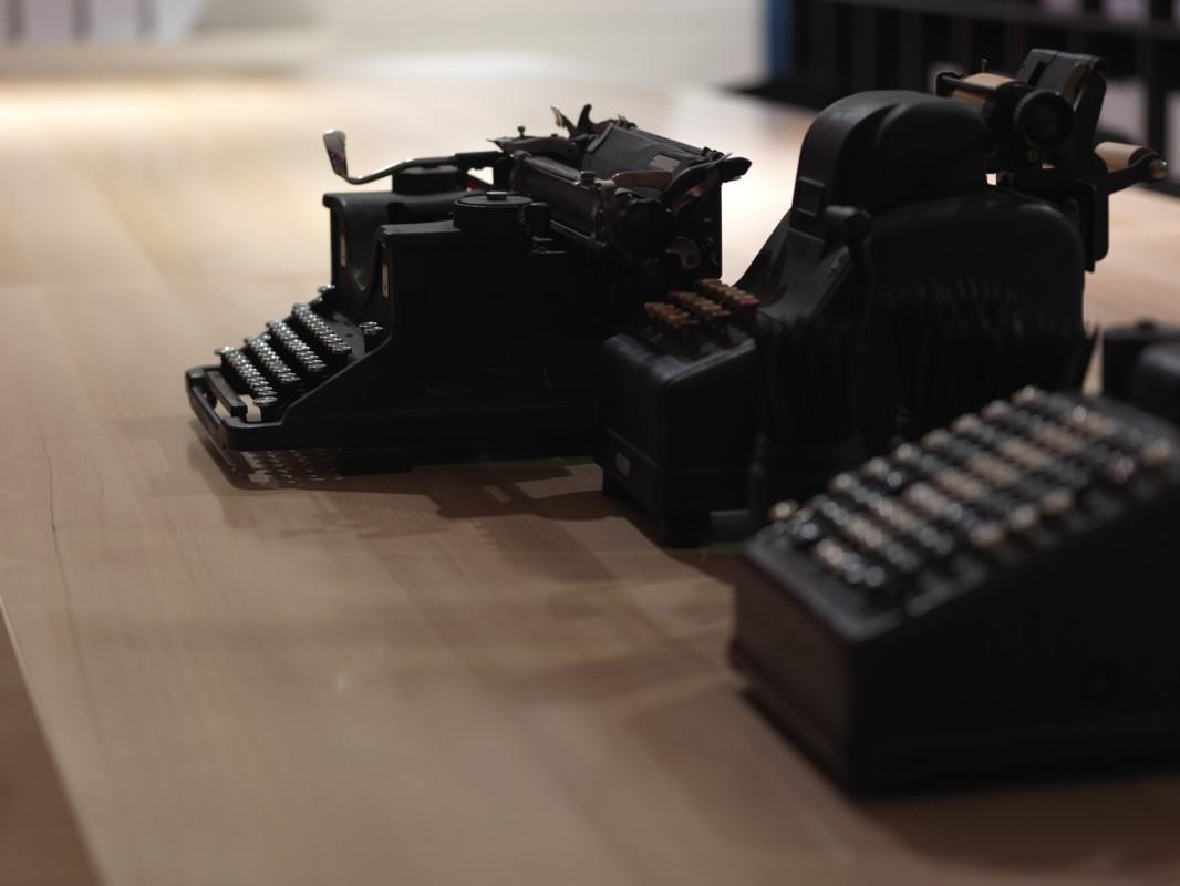Porro, image:news_immagini - Porro Spa - Salone del Mobile 2008 - Tempo