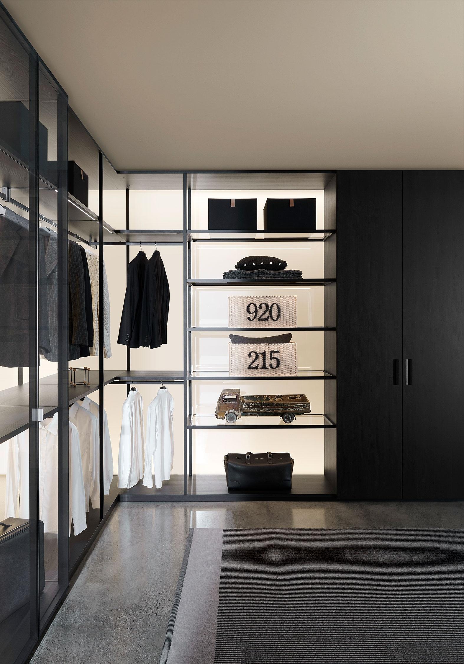 Porro, image:STORAGE black sugi, designed by: Piero Lissoni + CRS -