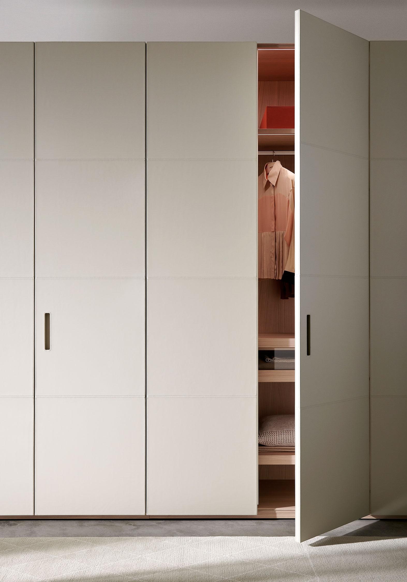 Porro, image:STORAGE ciliegio white , designed by: Piero Lissoni + CRS -